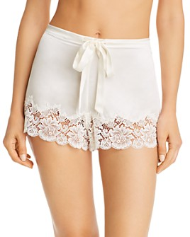 GINIA - Pick & Mix Lace Shorts