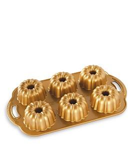 Nordic Ware - Anniversary Bundtlette Cakes Pan