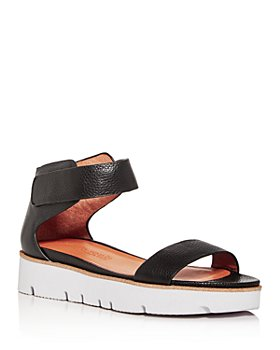 Gentle Souls by Kenneth Cole - Women's Lavern Easy Strap Platform Sandals