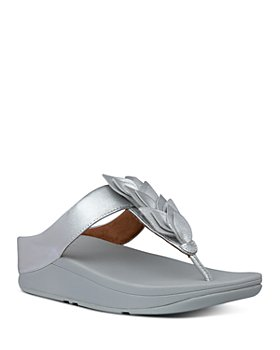 FitFlop - Women's Fino Leaf Thong Sandals