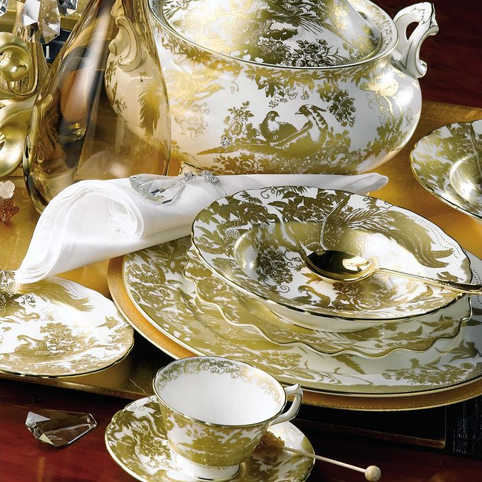 """Royal Crown Derby - """"Gold Aves"""" Sauce Boat"""