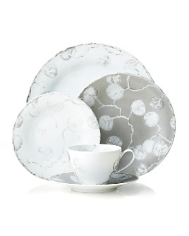Michael Aram - Botanical Leaf Dinnerware