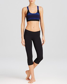 Alo Yoga - Alo Yoga Sports Bra & Leggings