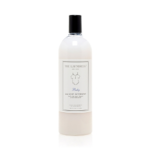 Gentle for little ones yet tough on challenging stains, this allergen-free detergent is formulated with color guard to preserve frequently washed items. Ideal for mini wardrobes, baby bedding, stuffed animals, and more. The Baby scent is a soft and calming blend of vanilla, musk, lily of the valley, lavender, and sandalwood.