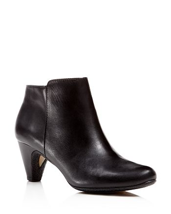 92be7860f83f Sam Edelman - Meredith Ankle Booties