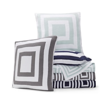 $Hudson Park Geo Knit Decorative Pillows and Throws - 100% Exclusive - Bloomingdale's