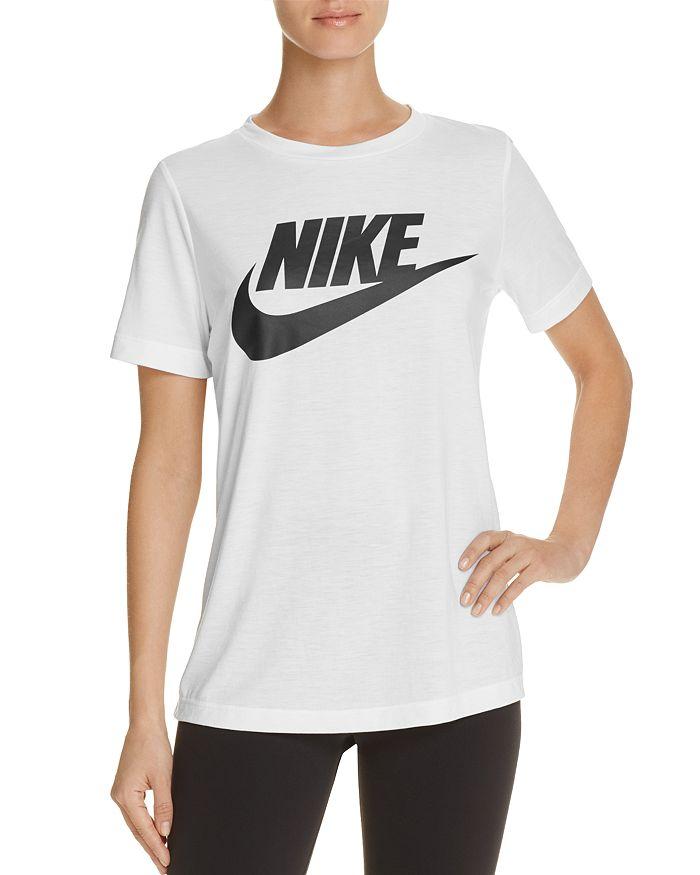 Nike - Swoosh Essential Tee