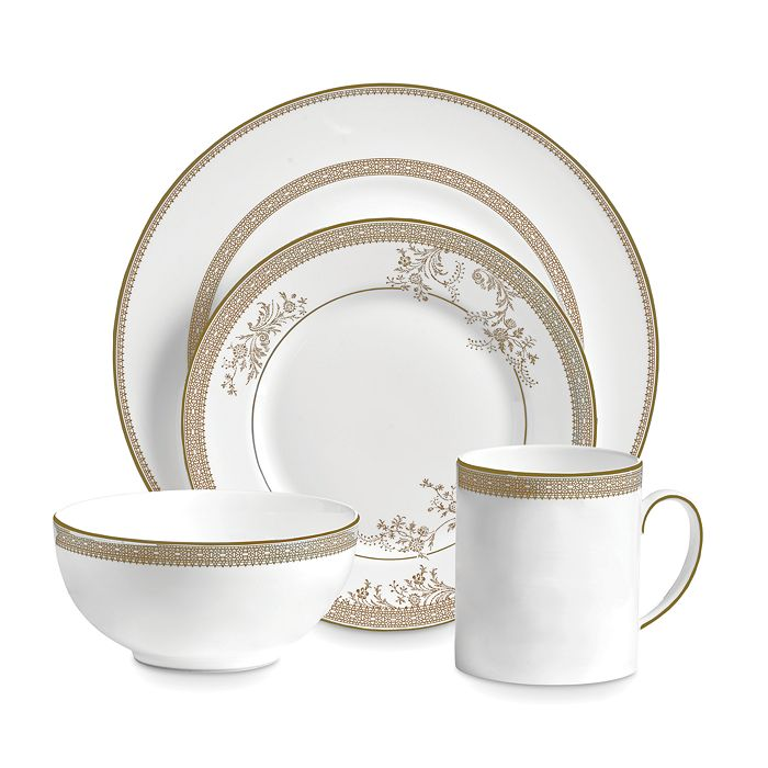 Wedgwood - Lace Gold 4-Piece Setting