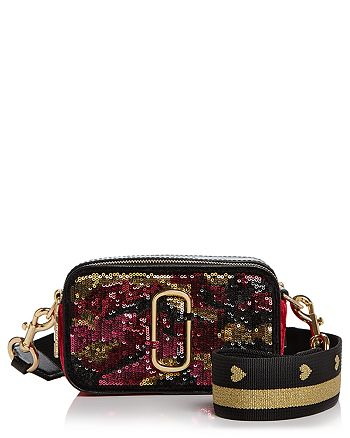 dc69471364893 MARC JACOBS - Snapshot Camo Sequin Leather Camera Bag