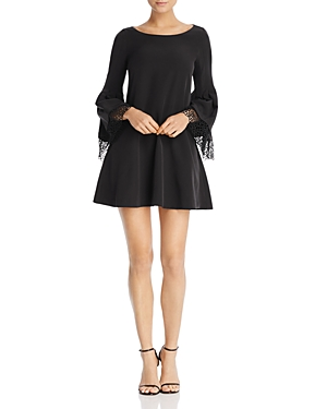 Laundry by Shelli Segal Lace-Detail Shift Dress