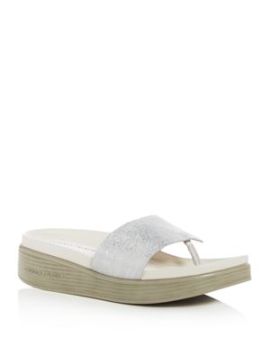 Donald Pliner Women's Fifi Embossed Leather Platform Thong Sandals 1984281