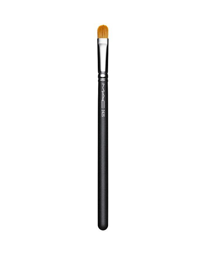 M·A·C - 242S Shader Brush