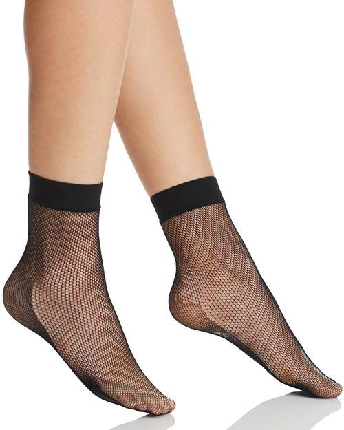 HUE - Sporty Fishnet Ankle Socks