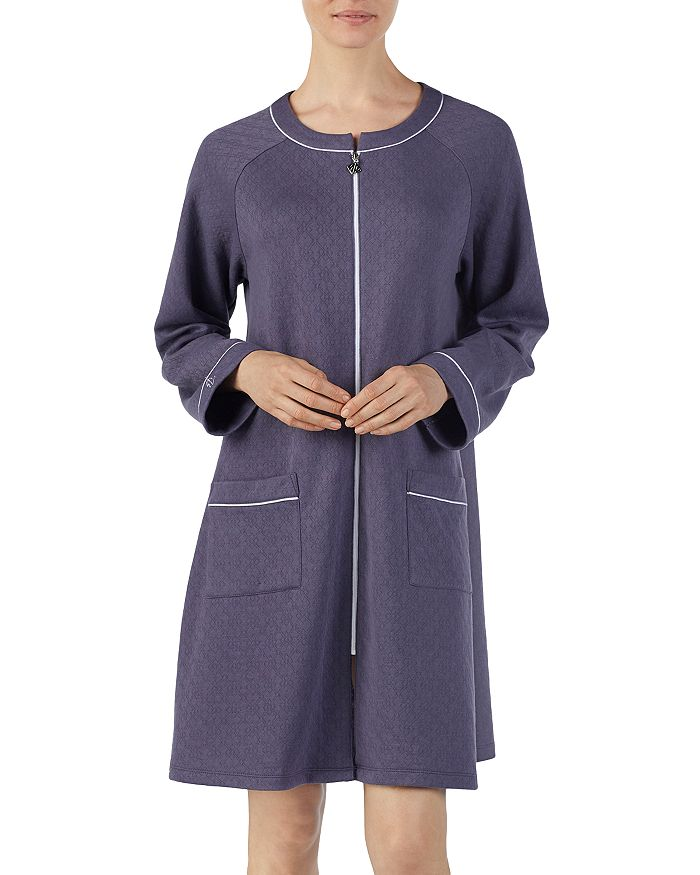 ba22ea2137 Eileen West - Short Matelasse Zip Robe